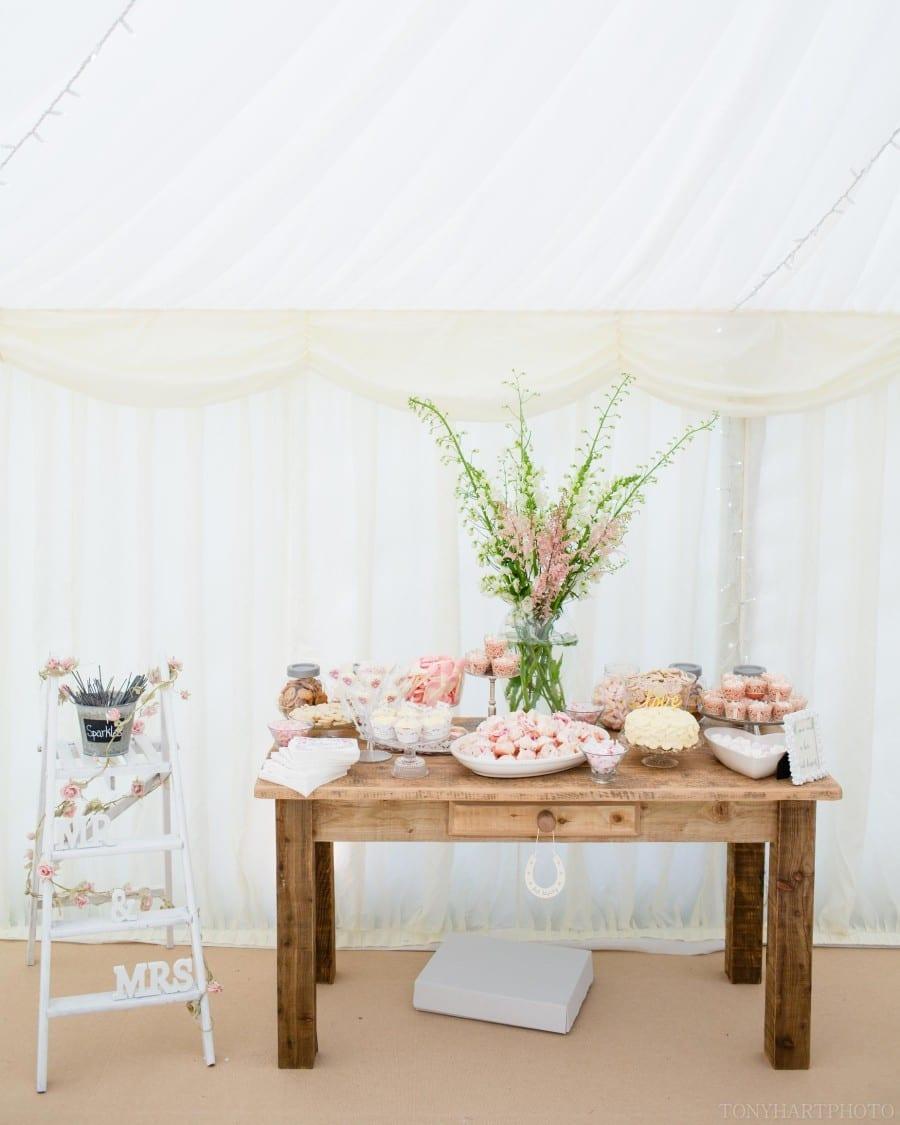 garden_marquee_wedding_woldingham-058