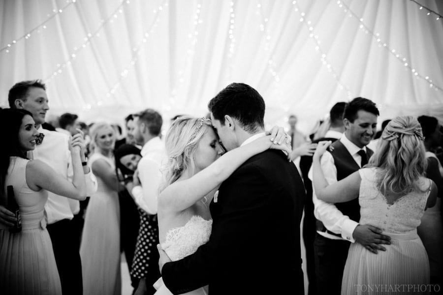 garden_marquee_wedding_woldingham-080
