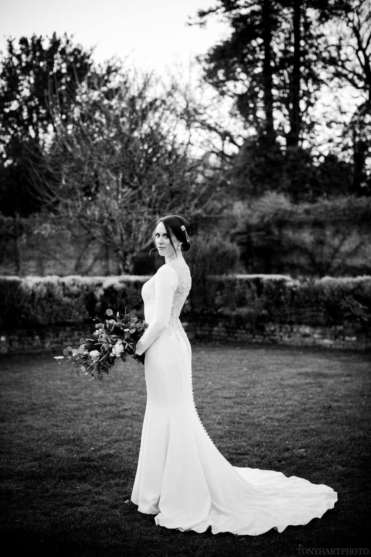 Bridal portrait at Northbrook Park by Tony Hart